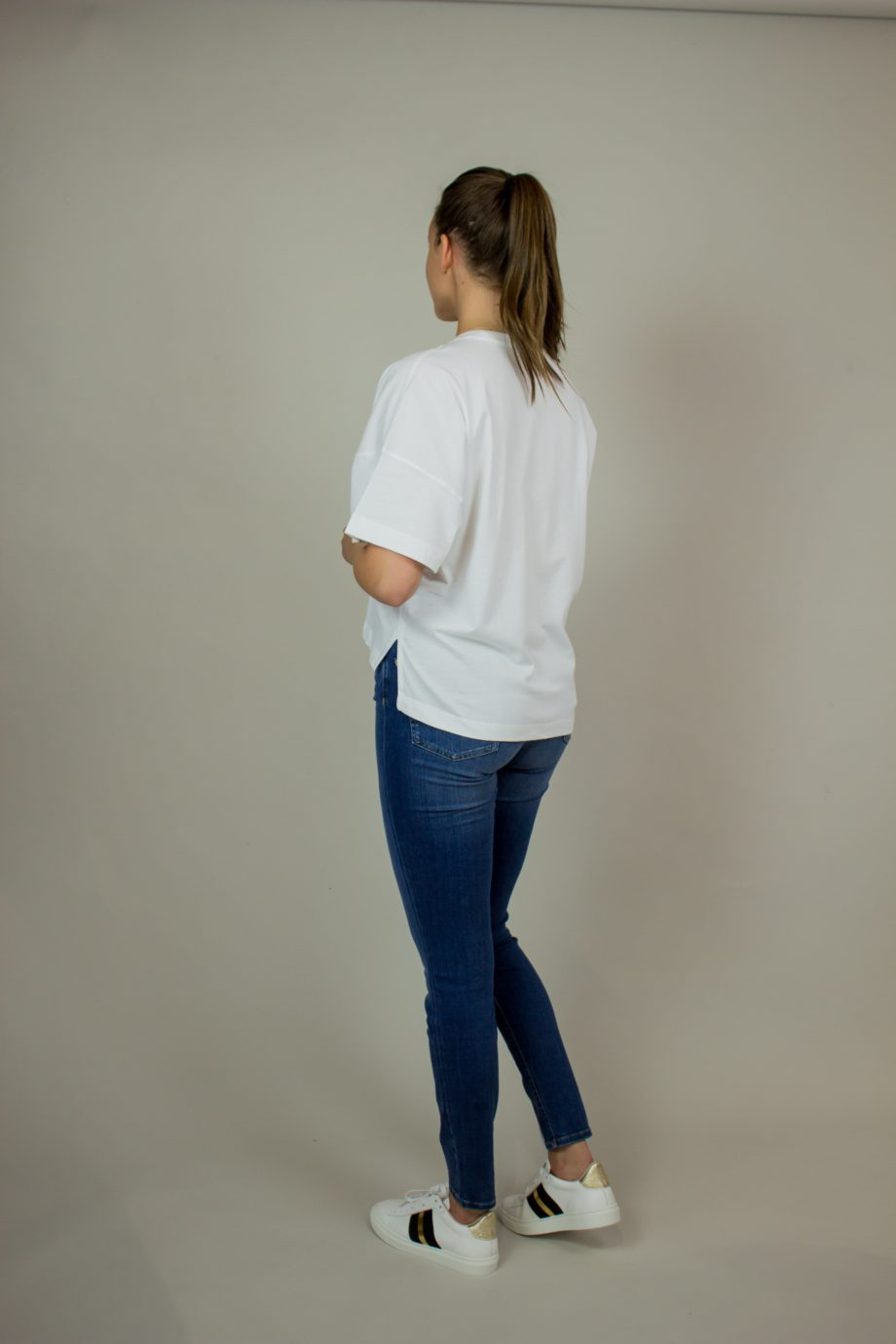 14. FRENCH CONNECTION White T-shirt