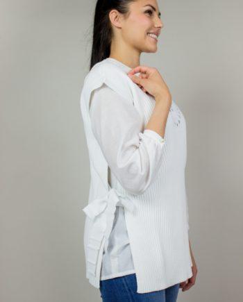 23. RED VALENTINO White vest